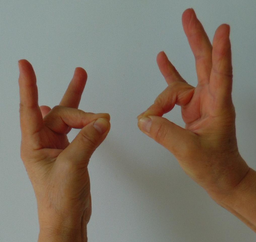 mit csinálni fájó ízület a középső ujjon)
